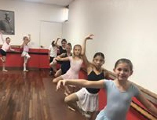 A Dancers Pointe Performing Art Center